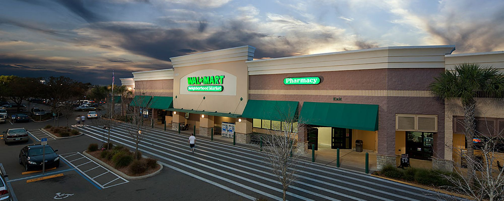Barclay Square Shopping Center
